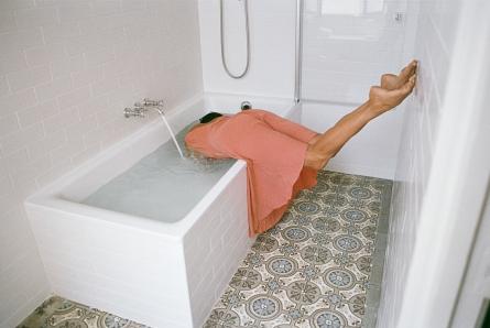 """""""La larme qui fait déborder la baignoire"""""""